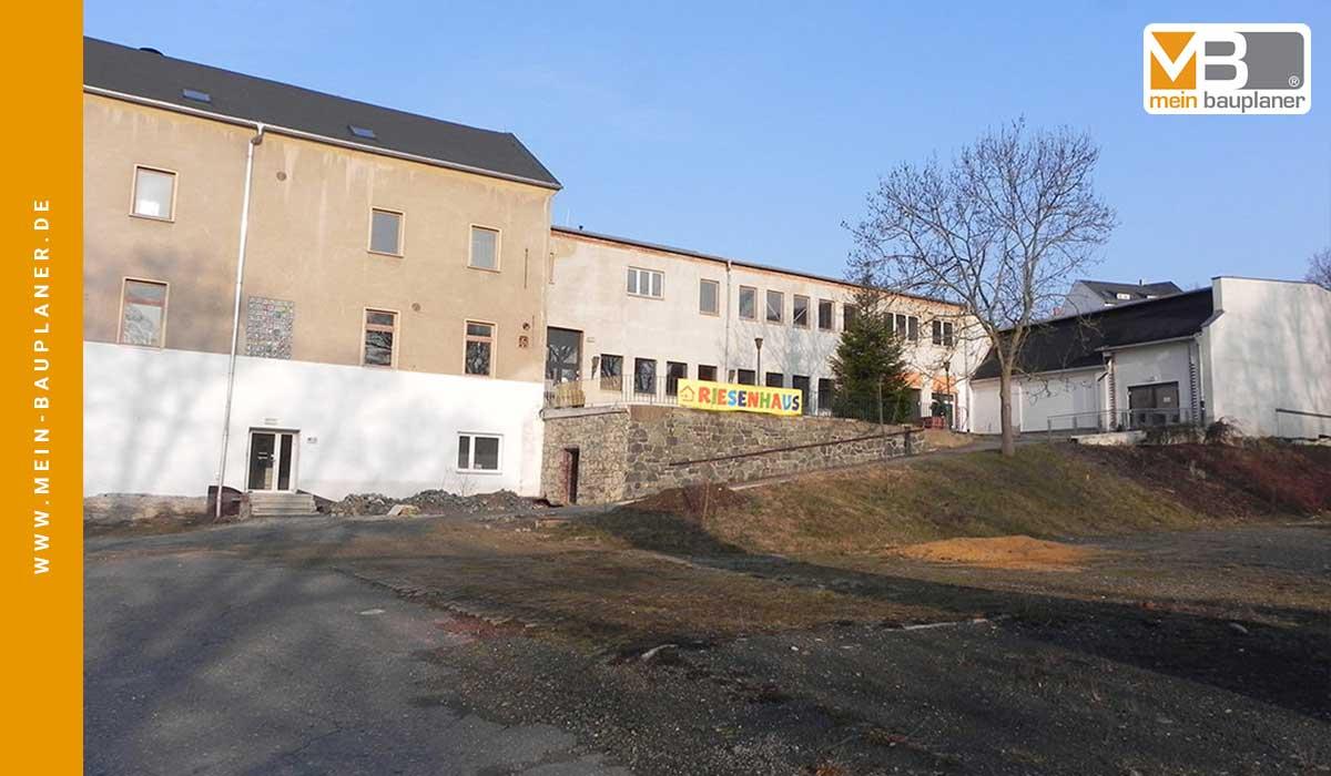Umnutzung einer Beherbergungsstätte zur Unterkunft für Asylbewerber 2
