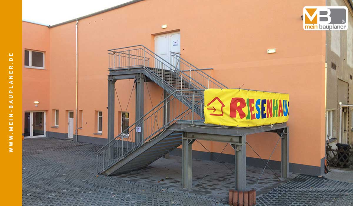 Umnutzung einer Beherbergungsstätte zur Unterkunft für Asylbewerber 5